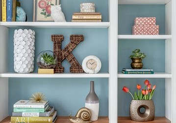 The Right Way To Paint Your Wooden Shelf